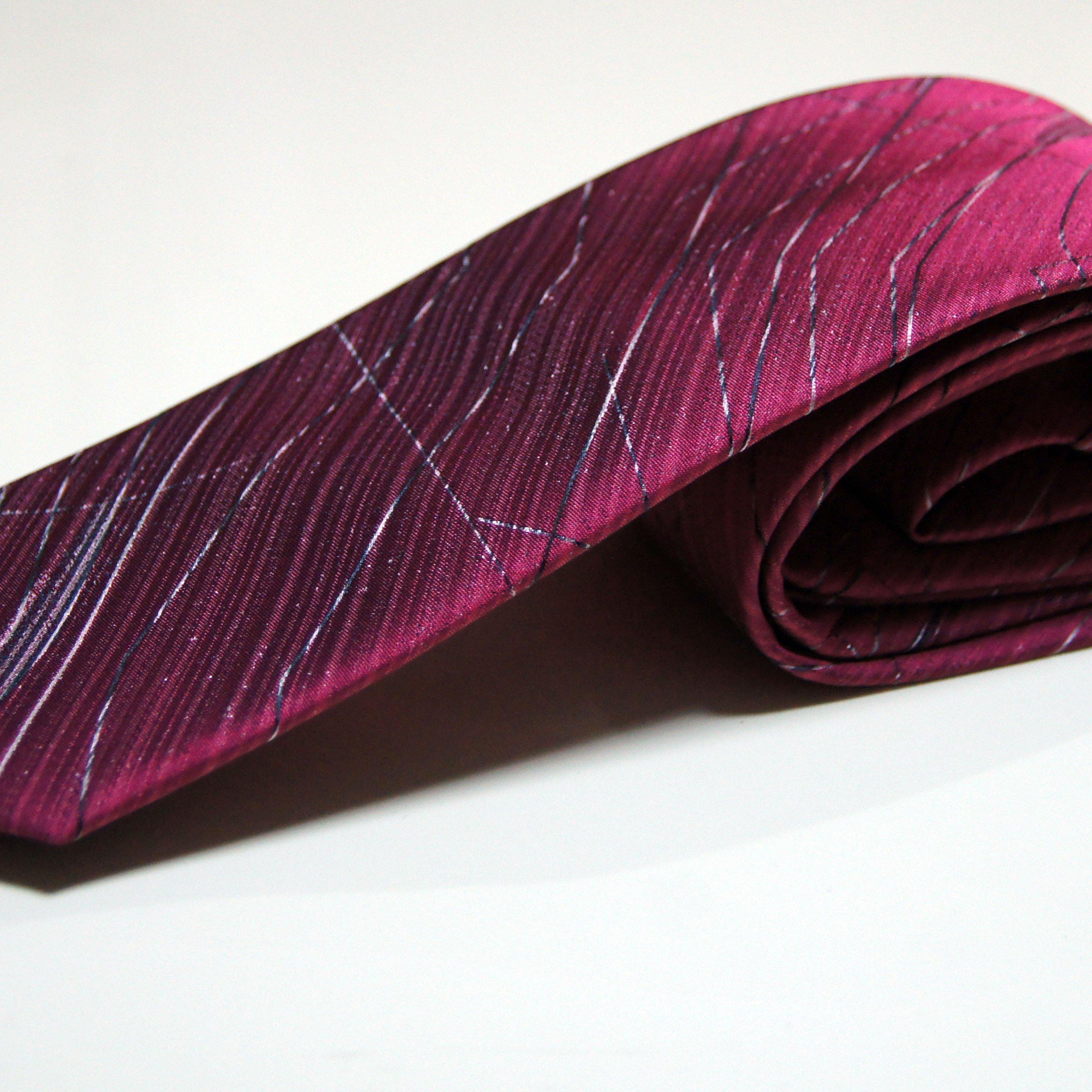 kravate #170 - muska strukirana odela, musko strukirano odelo, strukirana odela, strukirana muska odelamuske kravate cene, kravata za vencanje, svadbu, svadba, mladozenja, mladozenje, beograd, podgorica, uyice, cacak