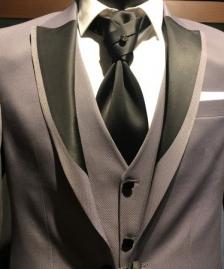 Sivi smoking sa prslukim #573muska odela, smoking odela, sivo smoking odelo, sa prslukom, beograd